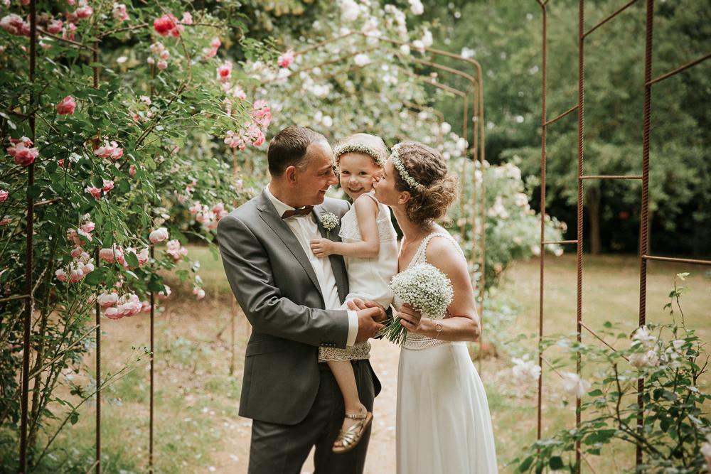 Familie bei der Hochzeit